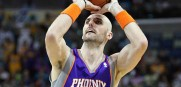 Marcin_Gortat_Suns_2011_2