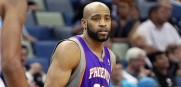 Vince_Carter_Suns_2011_1