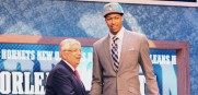 Anthony_Davis_NBADraft_Handshake_2