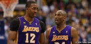 DwightHoward_KobeBryant_Lakers_2013_USAT1